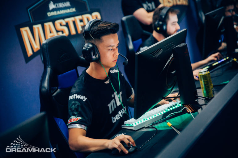 Image showing the professional Counter-Strike player Stewie2k in the Dreamhack Masters tournament